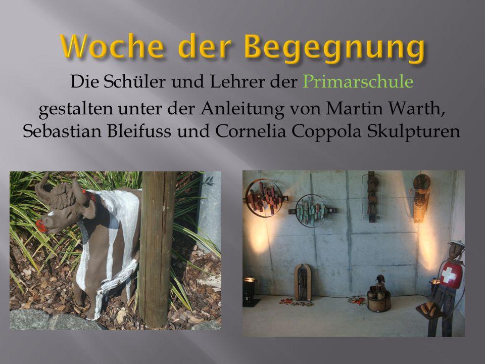 Die Schüler und Lehrer der Primarschule gestalten unter der Anleitung von Martin Warth, Sebastian Bleifuss und Cornelia Coppola Skulpturen