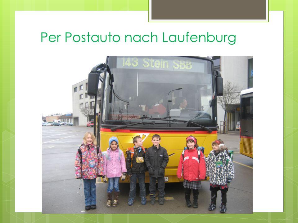 Per Postauto nach Laufenburg