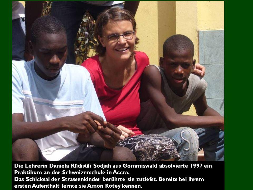 Die Lehrerin Daniela Rüdisüli Sodjah aus Gommiswald absolvierte 1997 ein Praktikum an der Schweizerschule in Accra.