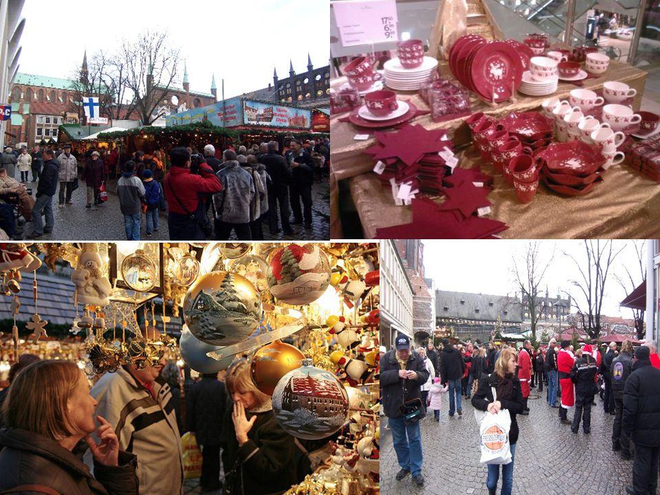 Rund um Weihnachten Im Mittelpunkt des Weihnachtsfests steht der mit Kerzen besteckte und geschmückte Christbaum ( Tannenbaum 冷杉木、 圣诞树).