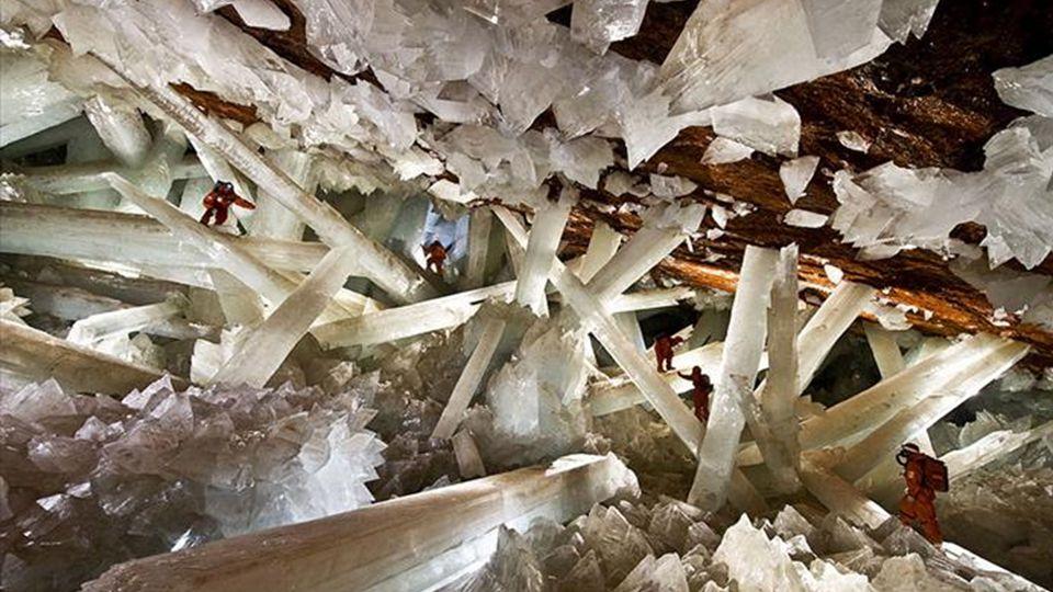 Hier findet man einige der größten Kristalle die je gefunden wurden, Die Mine ist für die Öffentlichkeit aufgrund seiner recht beeindruckenden Tiefe u