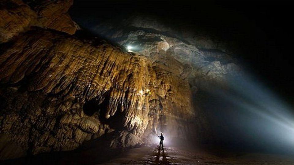 Dies ist vielleicht die größte bekannte Höhle der Welt, und ist die Heimat endlosen Wunder, die wir auch heute noch zu entdecken. Es ist so groß, es i