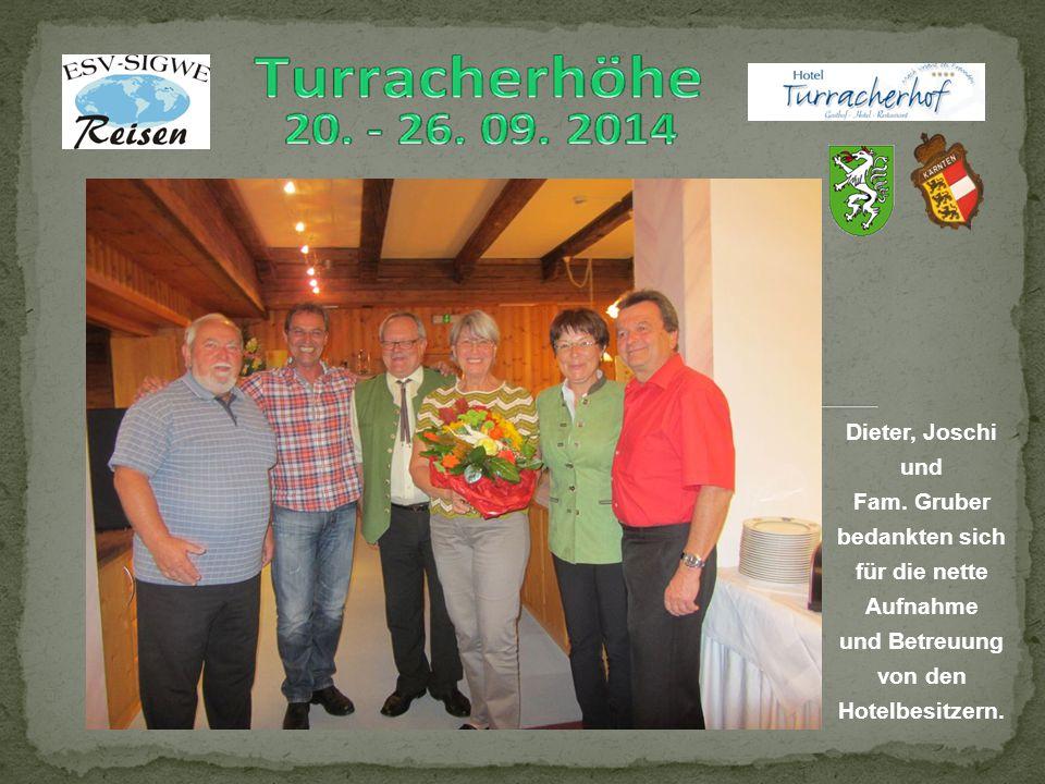 Dieter, Joschi und Fam. Gruber bedankten sich für die nette Aufnahme und Betreuung von den Hotelbesitzern.