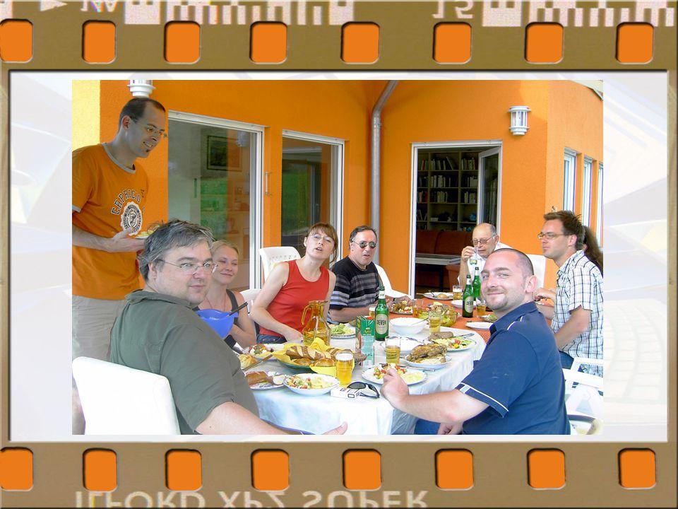"""""""Family Business"""": fachlich und menschlich stimmig """"Ideen-Werkstatt"""": viel Spielraum für Innovationen und Visionen Hohes Maß an Motivation und Freude"""