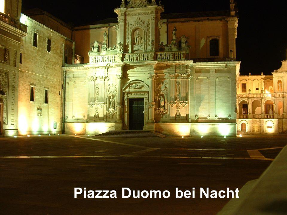 Piazza Duomo bei Nacht