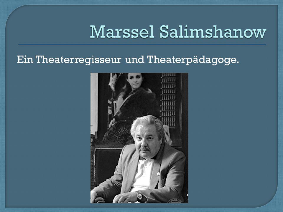 Ein Theaterregisseur und Theaterpädagoge.