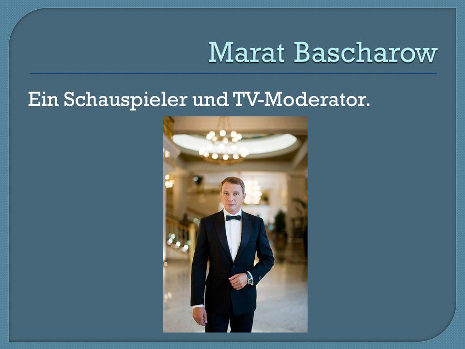 Ein Schauspieler und TV-Moderator.