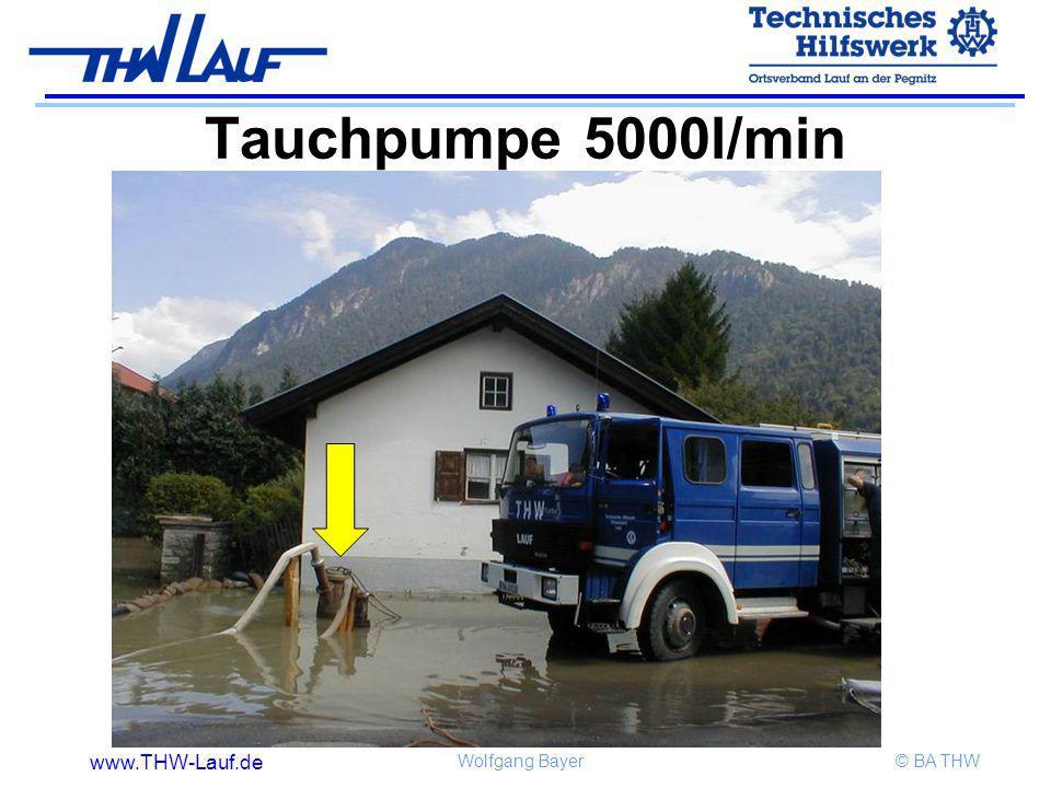 www.THW-Lauf.de Wolfgang Bayer© BA THW Tauchpumpe 5000l/min