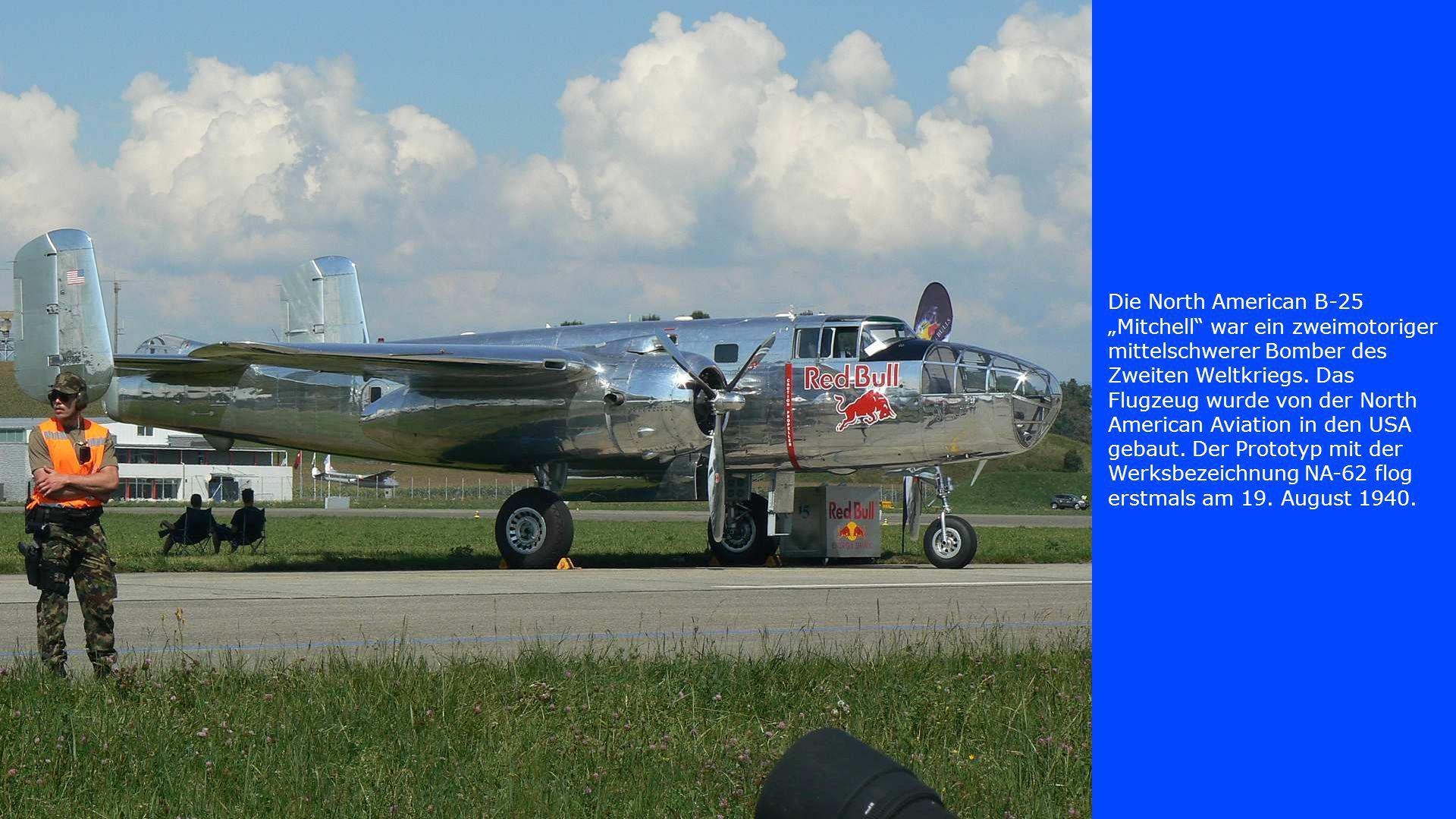 """Die North American B-25 """"Mitchell"""" war ein zweimotoriger mittelschwerer Bomber des Zweiten Weltkriegs. Das Flugzeug wurde von der North American Aviat"""