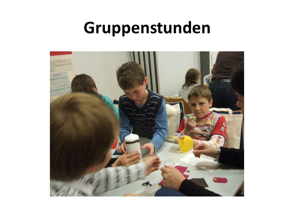 Elterntreffen Deshalb gibt es neben den Gruppenstunden der Kinder auch Elterntreffen.