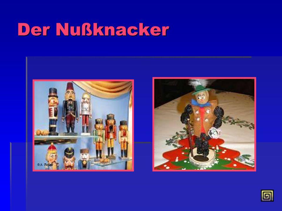 Weihnachtskerzen Weihnachtskerzen Am 1. Adventssonntag brennt eine Kerze, am 2.Sonntag zwei, am dritten – drei, am vierten vor Weihnachten alle vier.