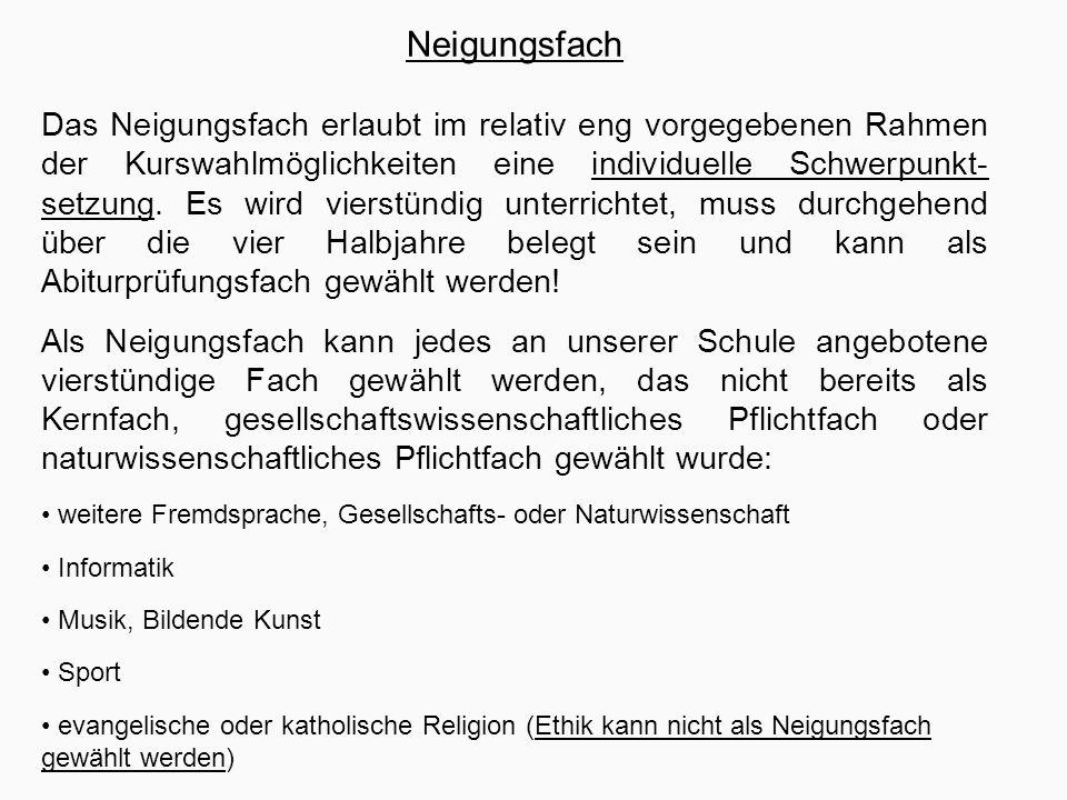 """Häufig gestellte Fragen """"Muss man im Neigungsfach ins Abitur? Nein."""