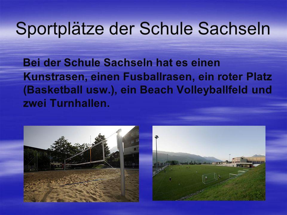 Sportplätze der Schule Sachseln Bei der Schule Sachseln hat es einen Kunstrasen, einen Fusballrasen, ein roter Platz (Basketball usw.), ein Beach Volleyballfeld und zwei Turnhallen.