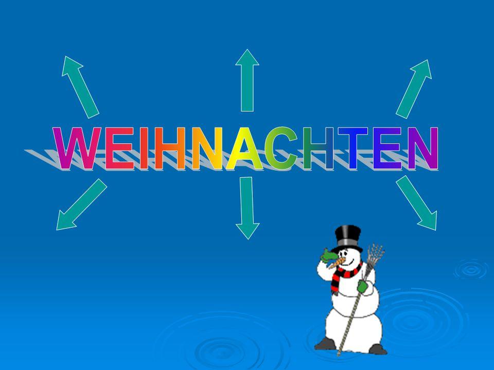 In DeutschlandIn Russland Weihnachten Adventskranz Wunschzettel Geschenke Tannenbaum