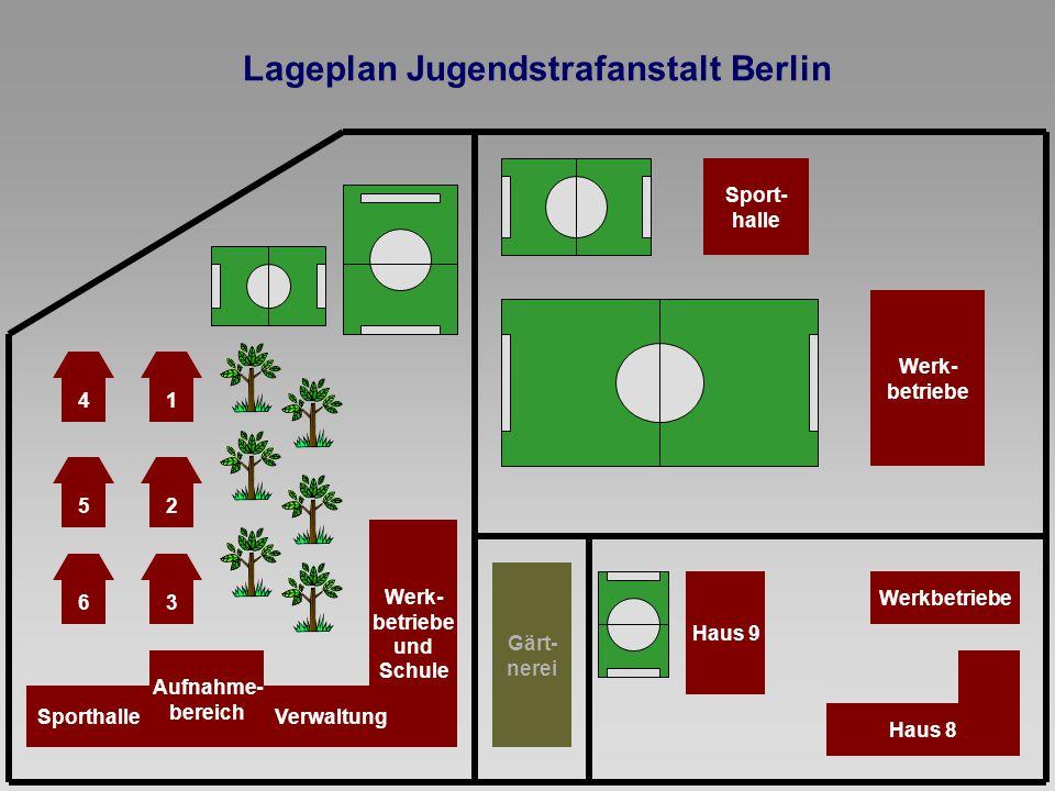 Aufnahme- bereich Werk- betriebe und Schule 6 Verwaltung 3 25 41 Sporthalle Gärt- nerei Lageplan Jugendstrafanstalt Berlin Sport- halle Werk- betriebe