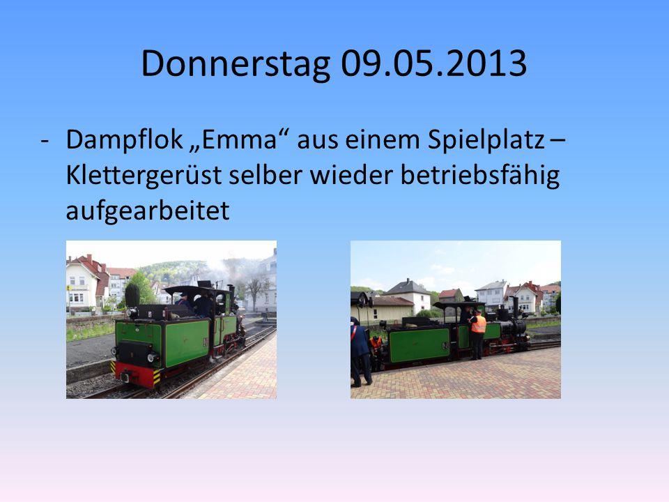 """Donnerstag 09.05.2013 -Dampflok """"Emma aus einem Spielplatz – Klettergerüst selber wieder betriebsfähig aufgearbeitet"""