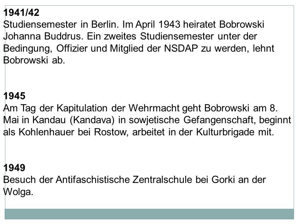 1937 legt Bobrowski sein Abitur ab.
