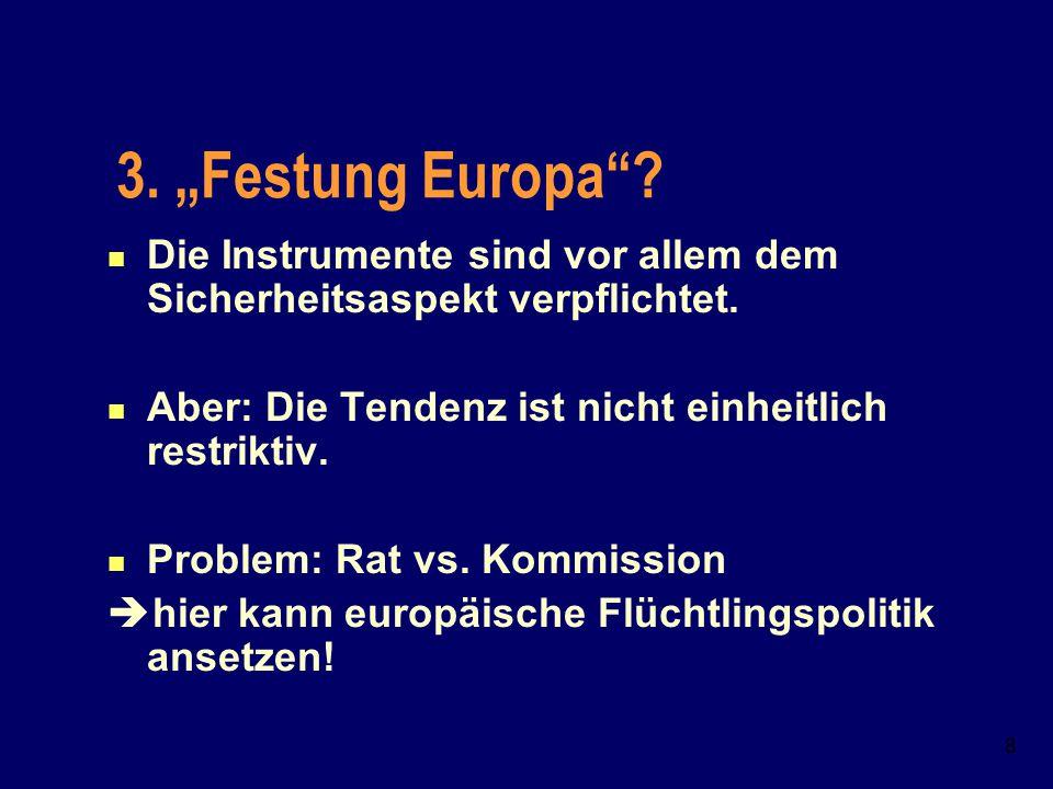 7 2. Phasen der Europäisierung 1.1957-1993: keine Gemeinschaftskompetenz, Aber: Schengener DÜ, Dublin Ü 2. 1993-1999: Maastricht als Zündungsmoment fü
