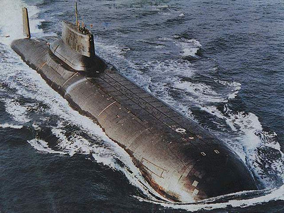 Die größten jemals gebauten U-Boote sind die des sowjetischen Projektes 941 (Nato- Bezeichnung:Typhoon-Klasse), Vorbild des sowjetischen U-Boots aus d
