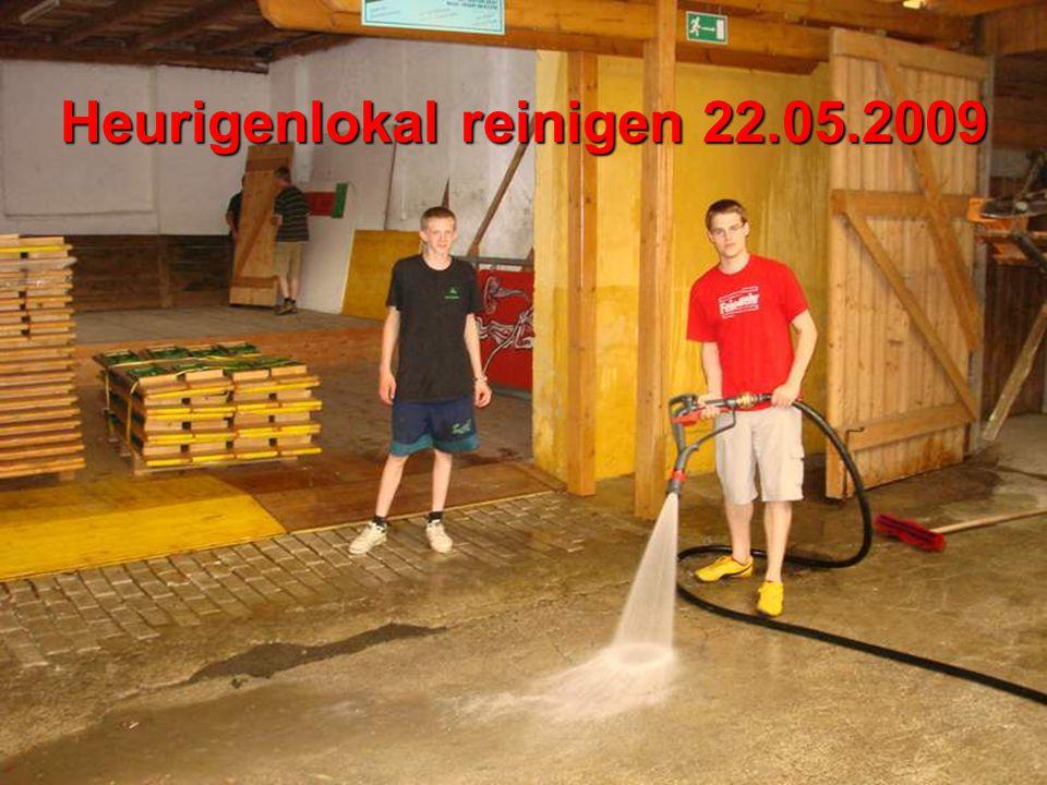 Heurigenlokal reinigen 22.05.2009