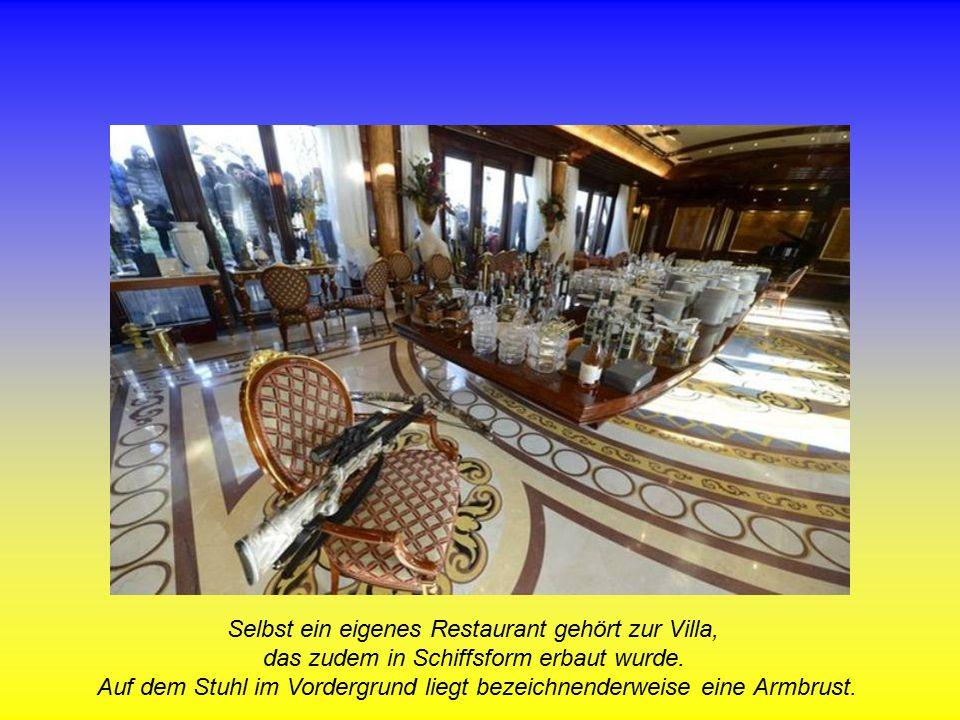 Selbst ein eigenes Restaurant gehört zur Villa, das zudem in Schiffsform erbaut wurde.