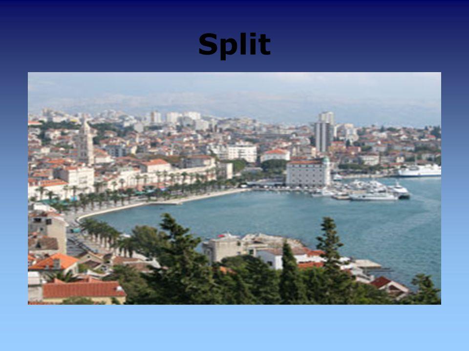 Split kroat. Split, italienisch Spalato, beides entstanden aus griechisch Aspalathos oder lateinisch Palatium Diocletiani ist die zweitgrößte Stadt Kr