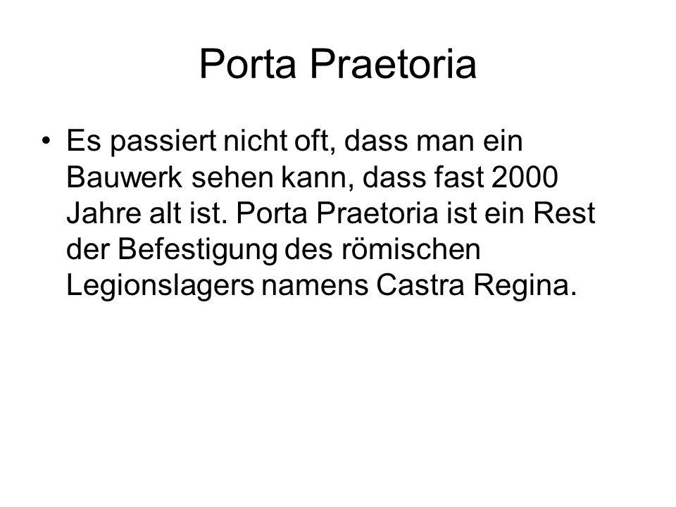 Porta Praetoria Es passiert nicht oft, dass man ein Bauwerk sehen kann, dass fast 2000 Jahre alt ist.