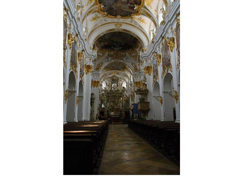 Neupfarrkirche Die Neupfarrkirche steht auf dem Gebiet des ehemaligen Judenviertels, das man im Jahre 1519 zerstört hat.