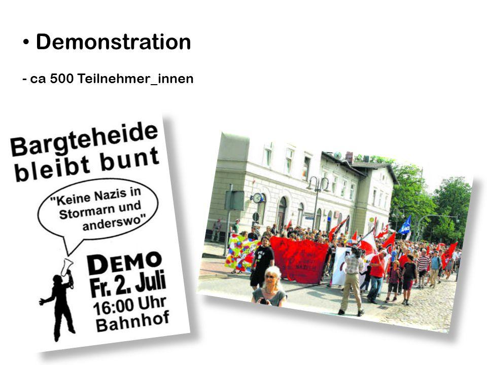 Demonstration - ca 500 Teilnehmer_innen
