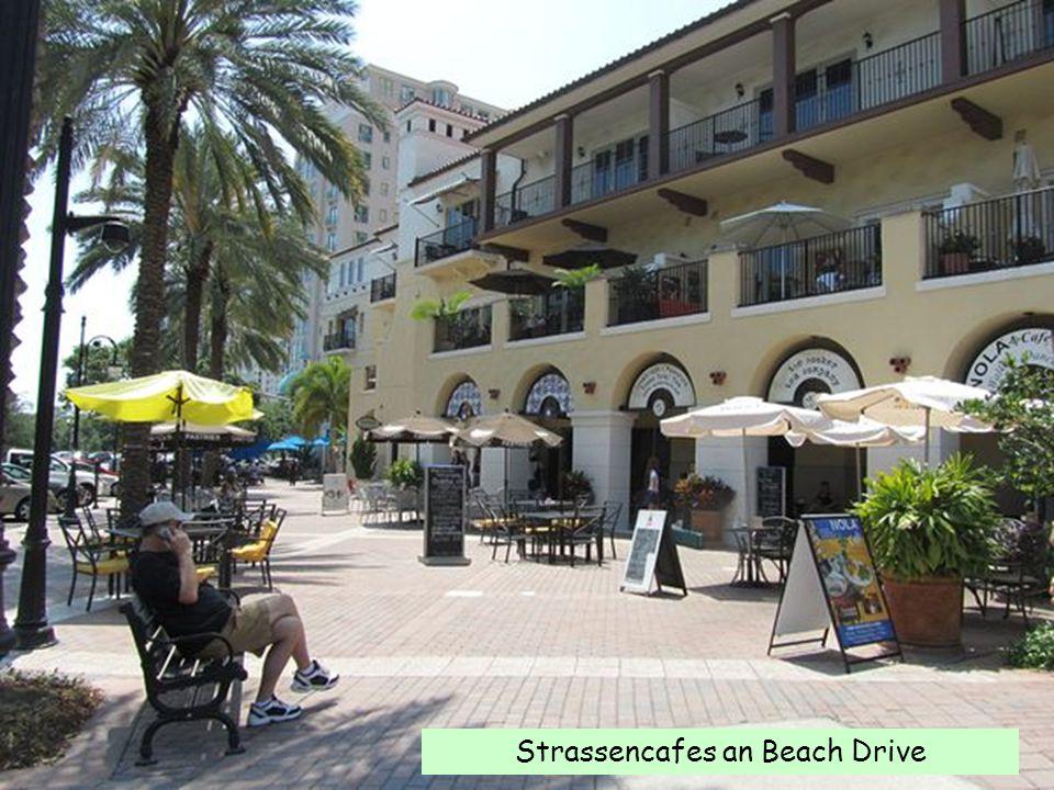 Strassencafes an Beach Drive