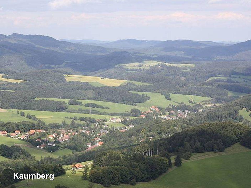 Das Triestingtal ist eine Industrieregion in Niederösterreich am Fluss Triesting 45 km südlich von Wien.