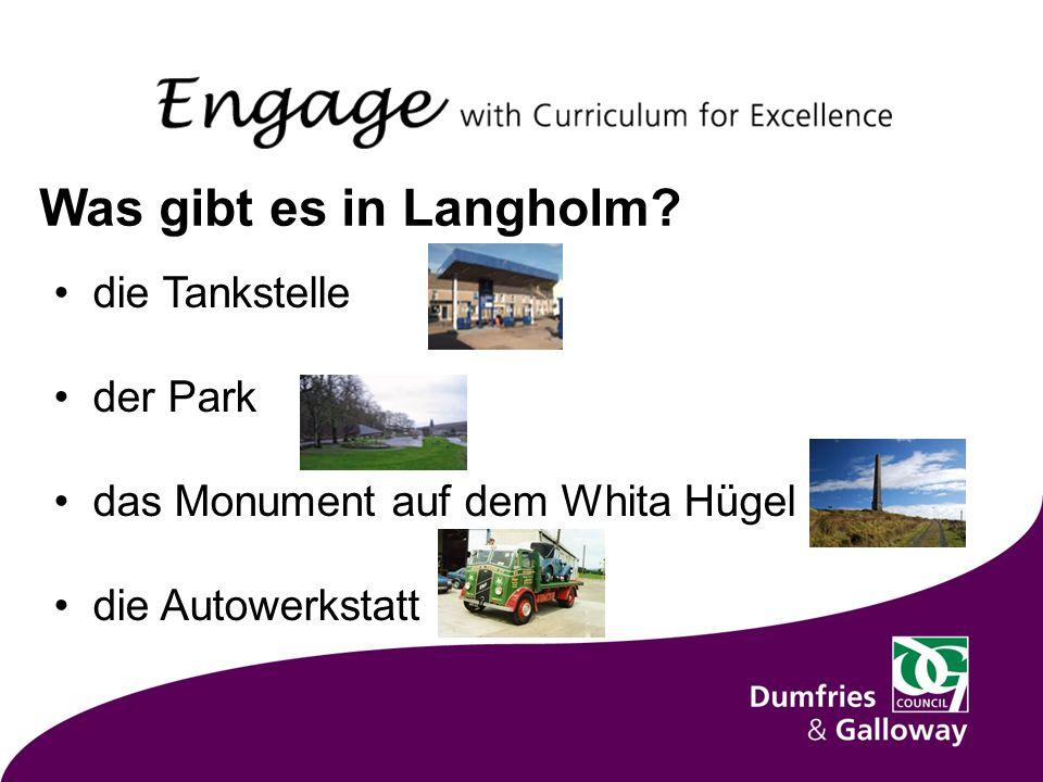 die Tankstelle der Park das Monument auf dem Whita Hügel die Autowerkstatt Was gibt es in Langholm
