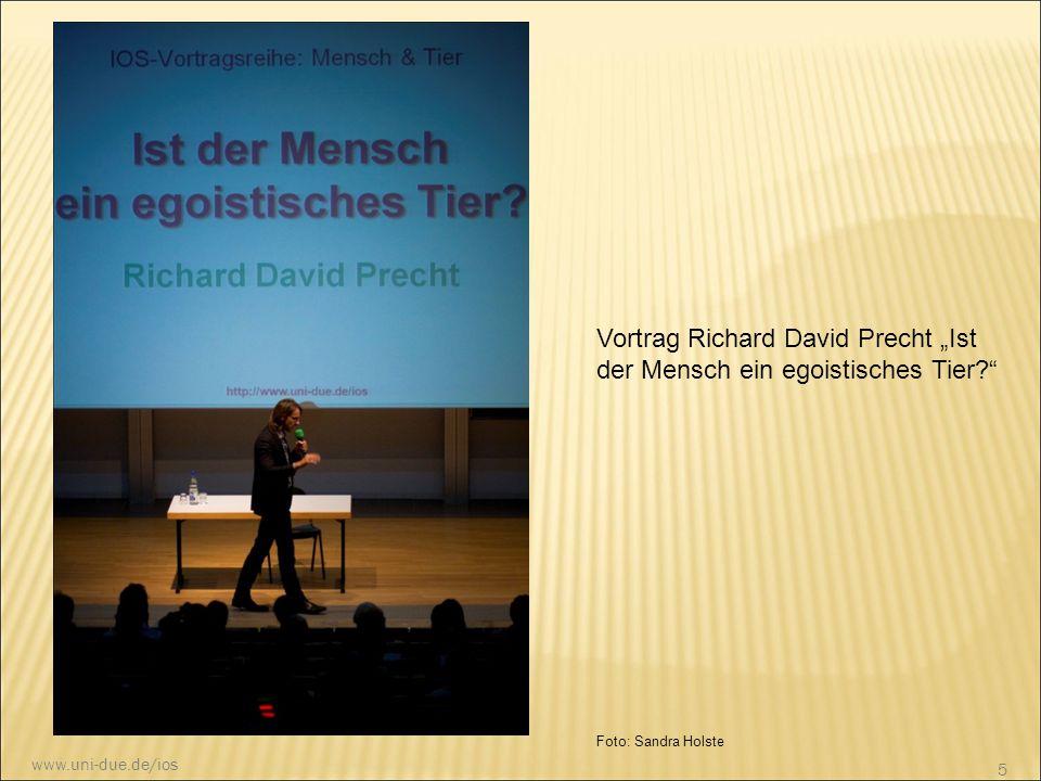"""Foto: Sandra Holste Vortrag Richard David Precht """"Ist der Mensch ein egoistisches Tier?"""" 5 www.uni-due.de/ios"""