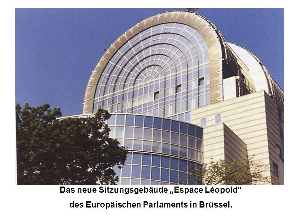 """Das neue Sitzungsgebäude """"Espace Léopold"""" des Europäischen Parlaments in Brüssel."""