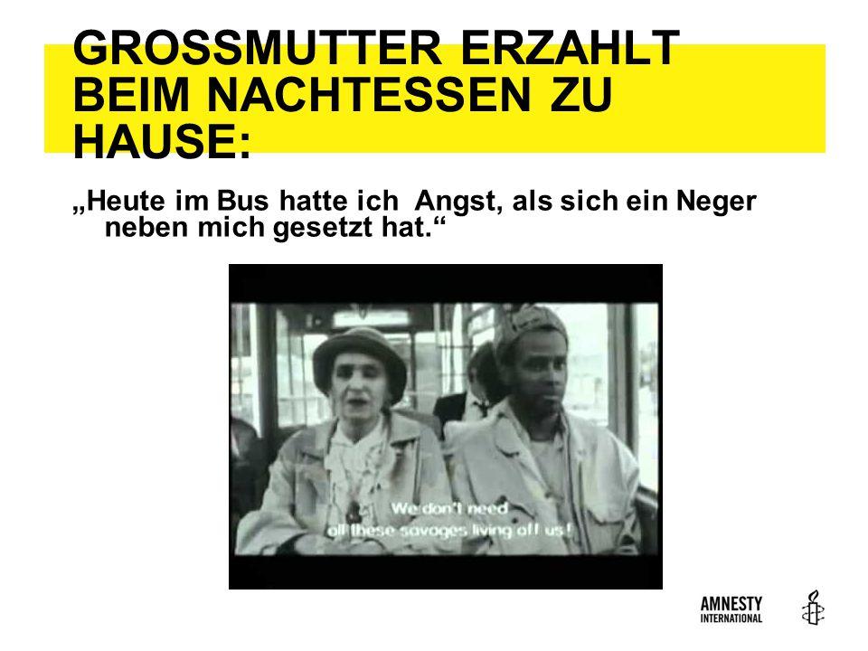 """GROSSMUTTER ERZAHLT BEIM NACHTESSEN ZU HAUSE: """"Heute im Bus hatte ich Angst, als sich ein Neger neben mich gesetzt hat."""