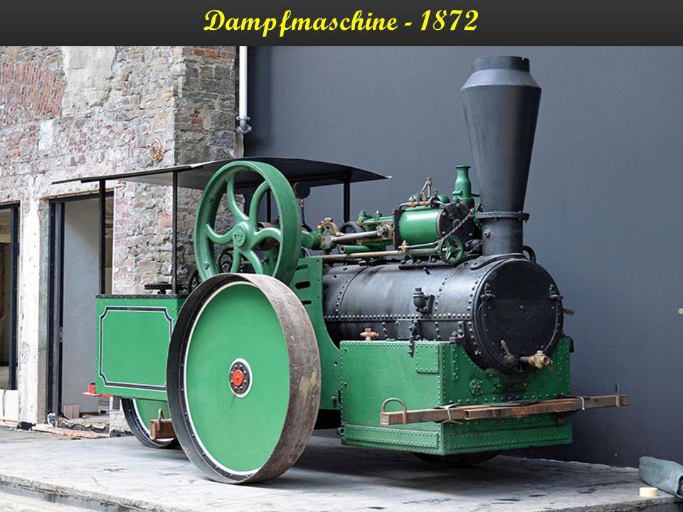 Eine Lokomobile ist eine Dampfmaschine in geshlossener Bauform, bei der alle zum Betrieb der Anlage erforderlichen Baugruppen (Feuerung, Dampfkessel, Steuerung sowie die gesamte Antriebseinheit, bestehend aus Zylinder(n), Kolben Kurbelwelle u.