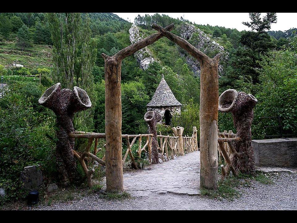 Artigas Gärten von Architekt Antonio Gaudi in Katalanien, Spanien
