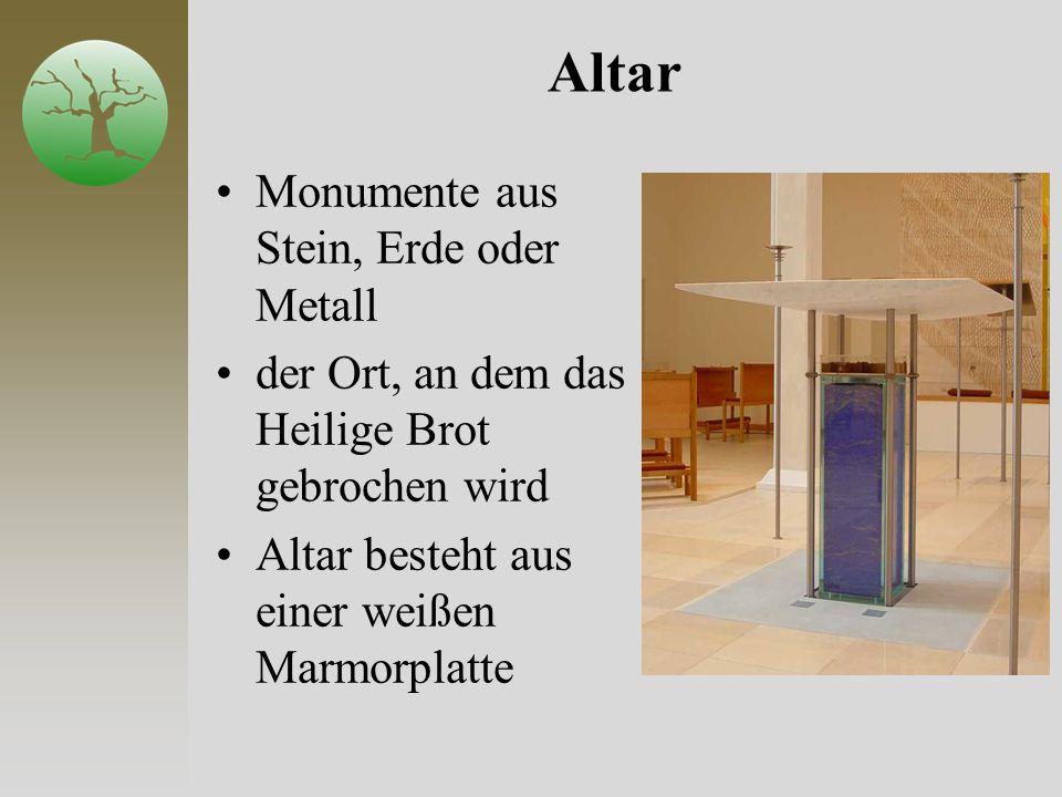 Altar Monumente aus Stein, Erde oder Metall der Ort, an dem das Heilige Brot gebrochen wird Altar besteht aus einer weißen Marmorplatte