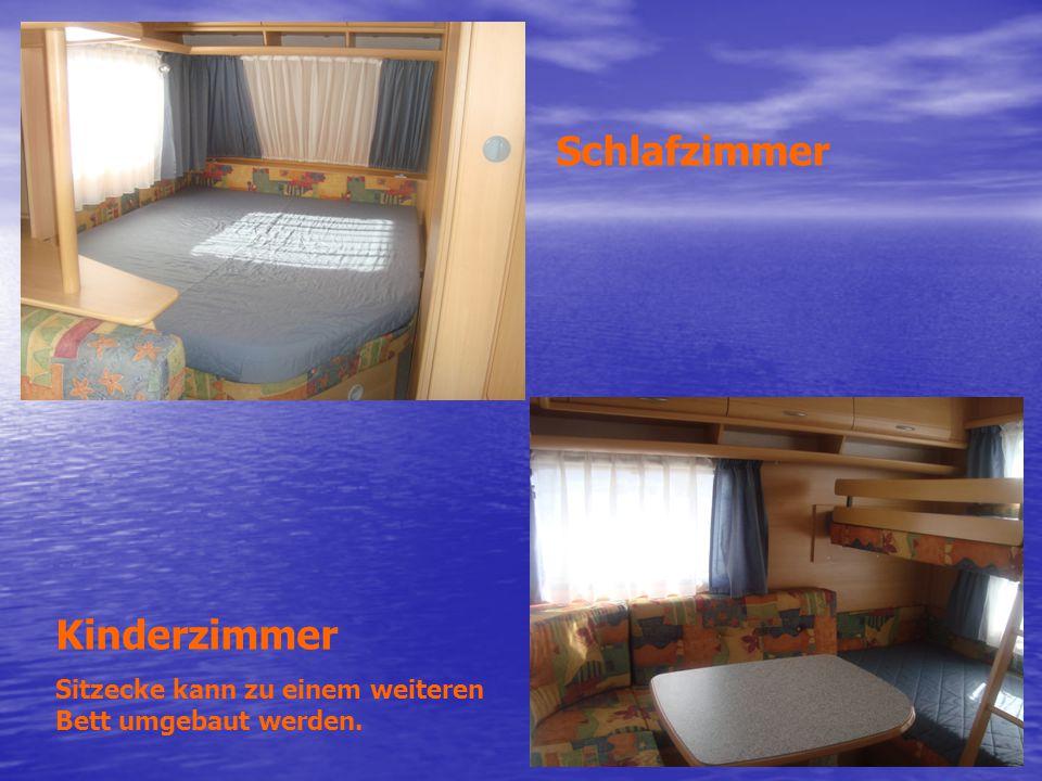 Schlafzimmer Kinderzimmer Sitzecke kann zu einem weiteren Bett umgebaut werden.