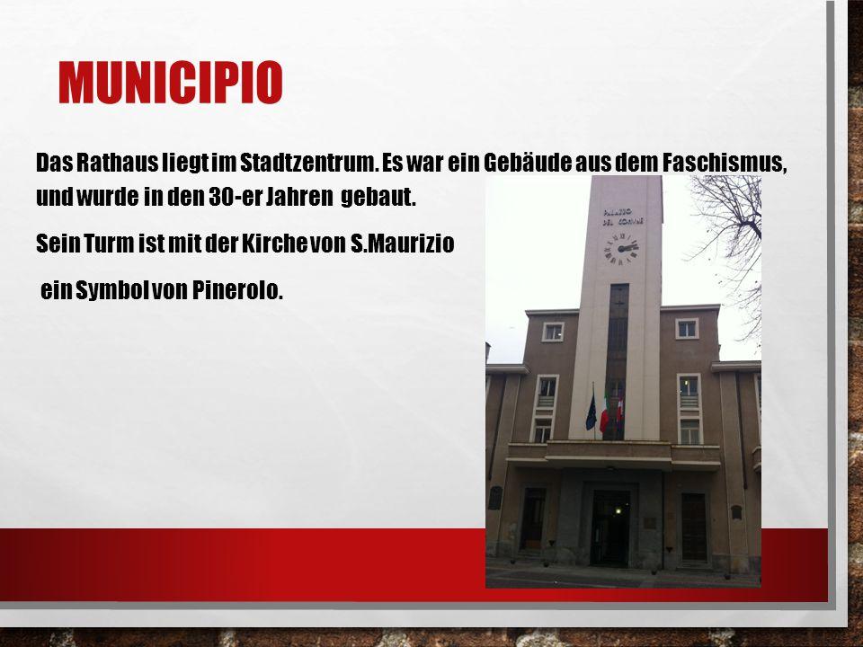 MUNICIPIO Das Rathaus liegt im Stadtzentrum. Es war ein Gebäude aus dem Faschismus, und wurde in den 30-er Jahren gebaut. Sein Turm ist mit der Kirche
