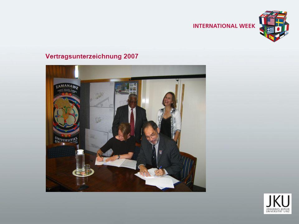 Vertragsunterzeichnung 2007