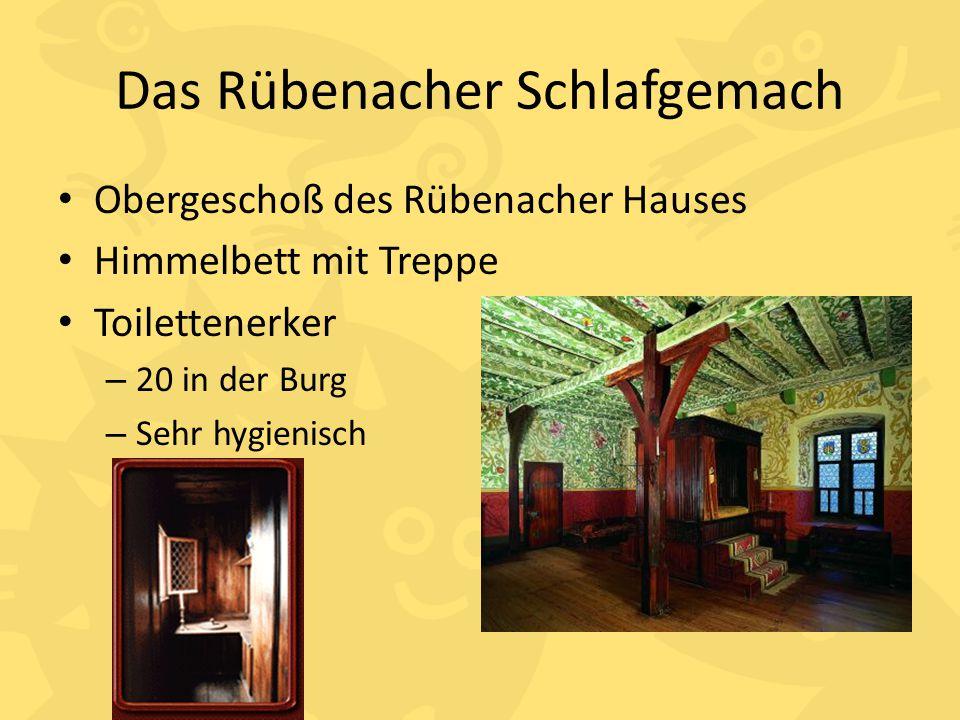 Das Rübenacher Schlafgemach Obergeschoß des Rübenacher Hauses Himmelbett mit Treppe Toilettenerker – 20 in der Burg – Sehr hygienisch