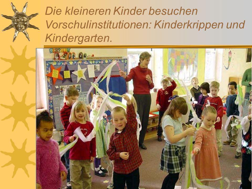 Wir lieben unsere Schule Wir lernen fleißig hier.