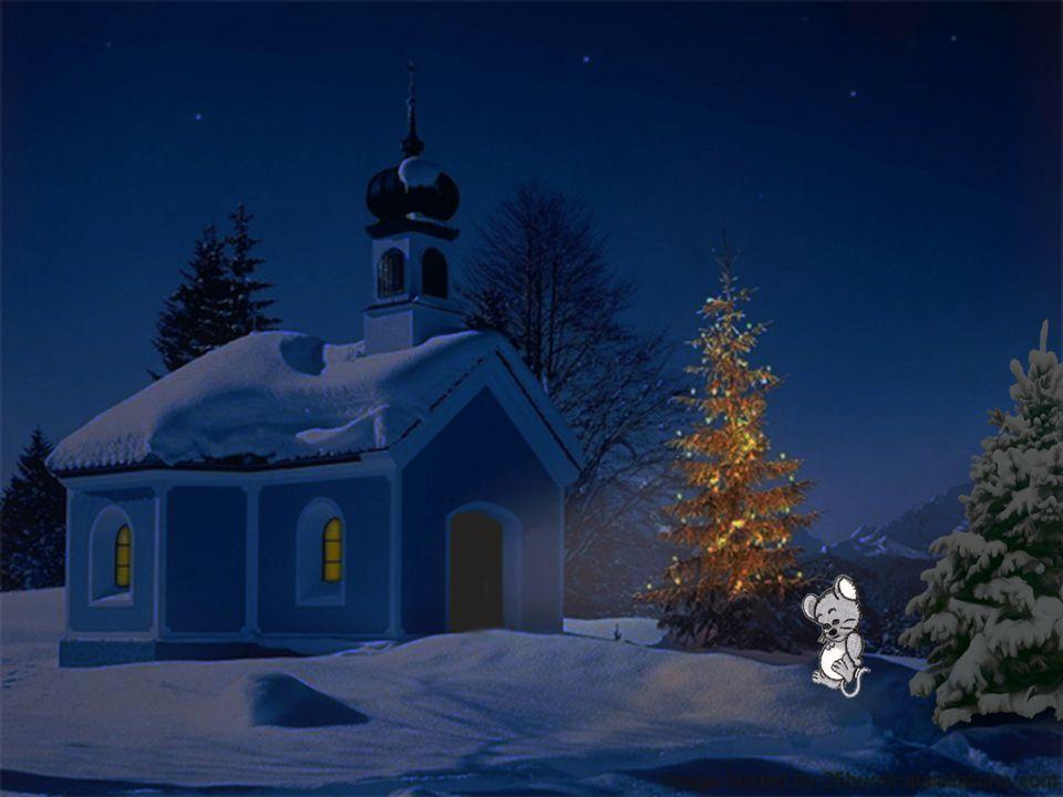 """Es war ein bitterkalter Heiligabend in einer kleinen Stadt im kalten Norden. Eine kleine Maus sass zitternd im Schnee. """" Wo soll ich heut Nacht bloss"""