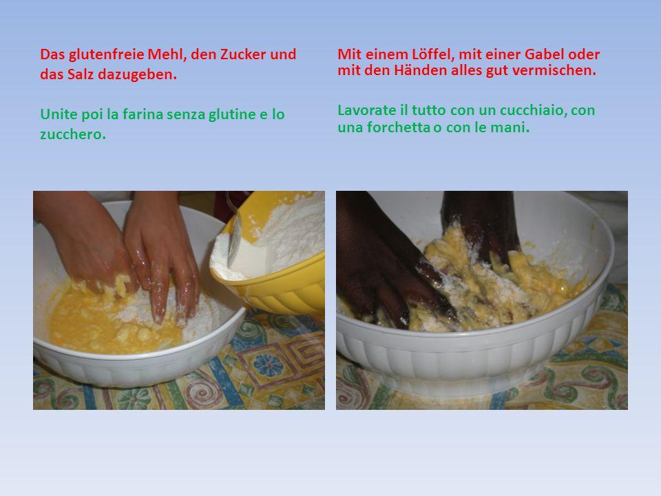 Alle Zutaten schnell zu einem Teig verkneten Impastare gli ingredienti