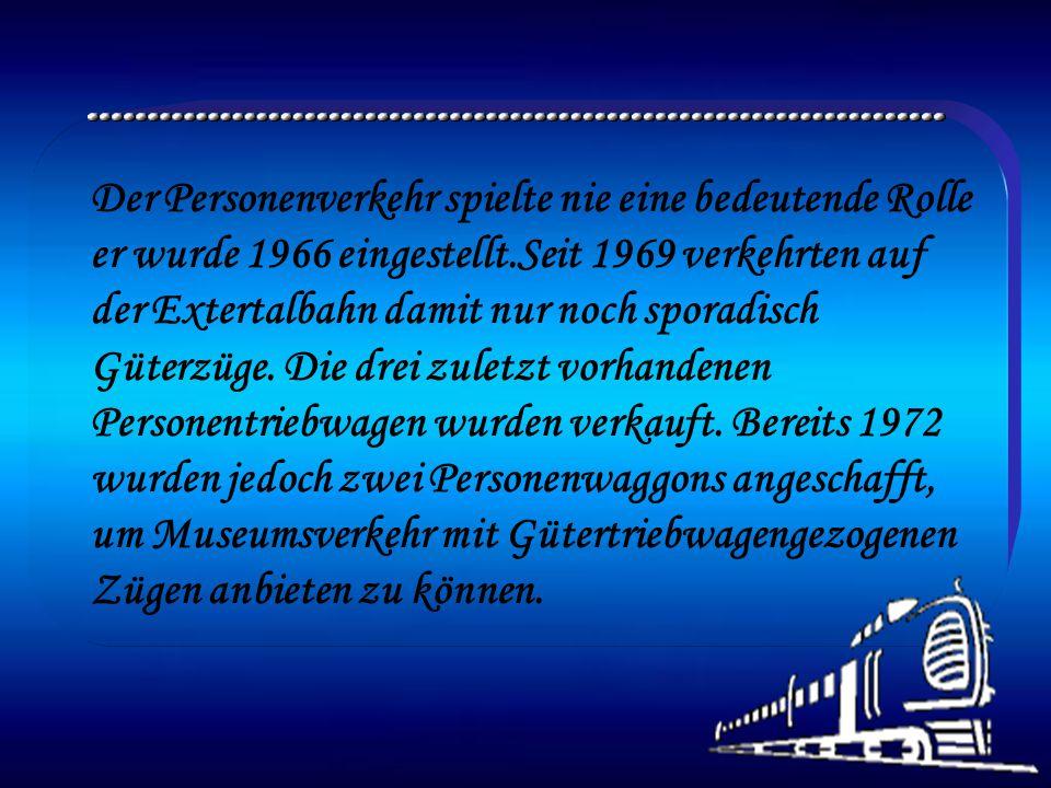 Die Extertalbahn AG wurde 1924 gegründet und die Stecken wurden 1927 und 1929 in drei Abschnitte eröffnet. Sie sollte den abgelegenen Ortschaften im T