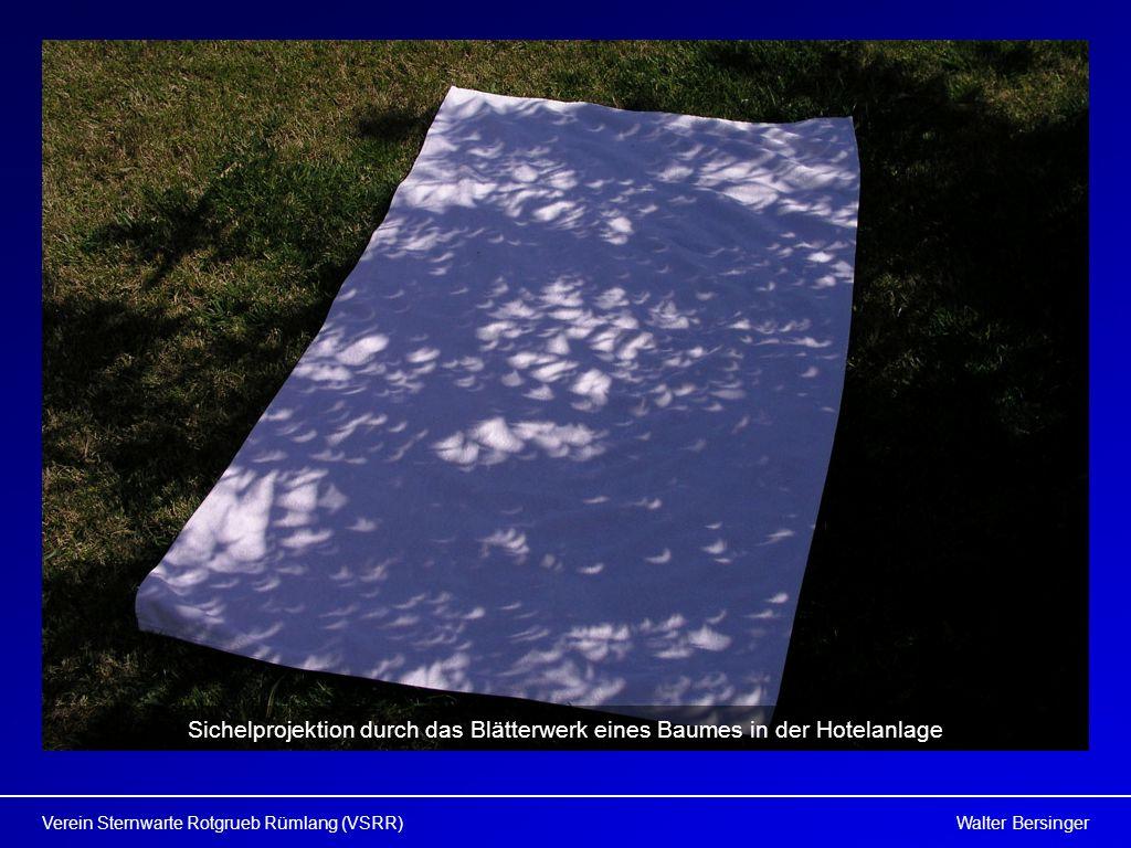 Walter BersingerVerein Sternwarte Rotgrueb Rümlang (VSRR) Sichelprojektion durch das Blätterwerk eines Baumes in der Hotelanlage