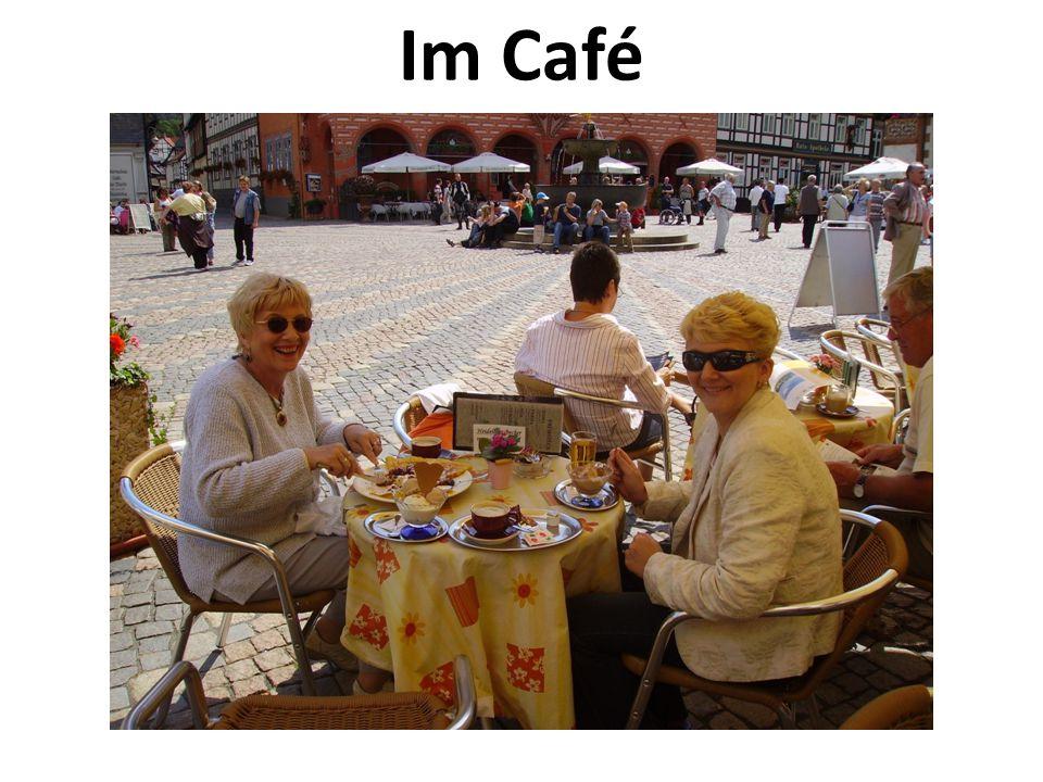 Im Café