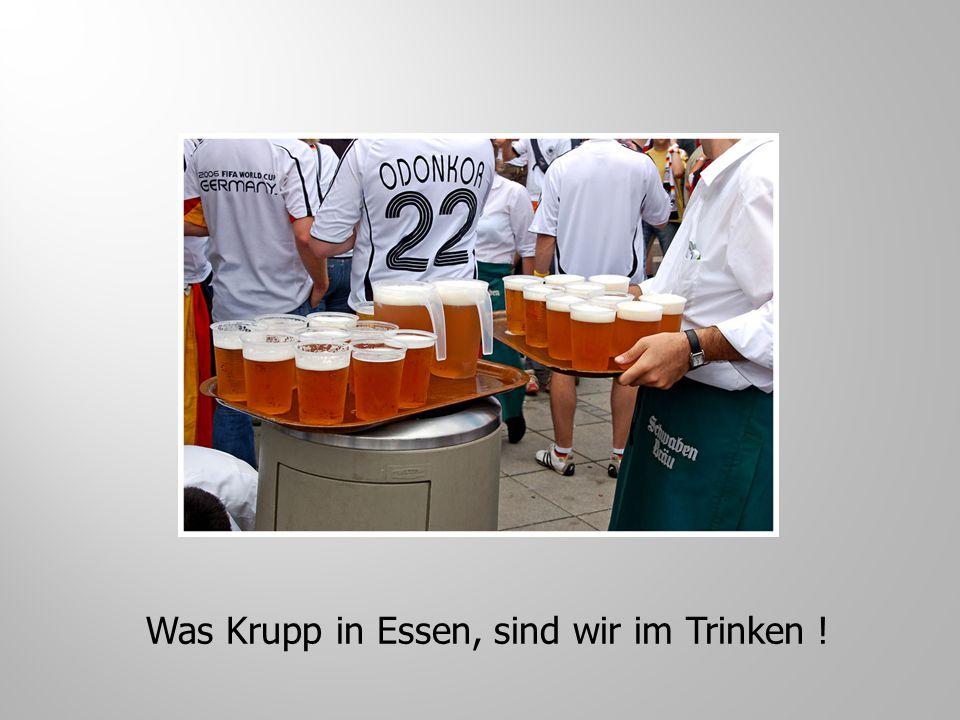 """Fragt der Arzt: """"Sagen sie mal Hr.Müller, auf was würden sie eher verzichte, auf den Wein oder die Frauen ? """"Das kommt ganz auf den Jahrgang an."""