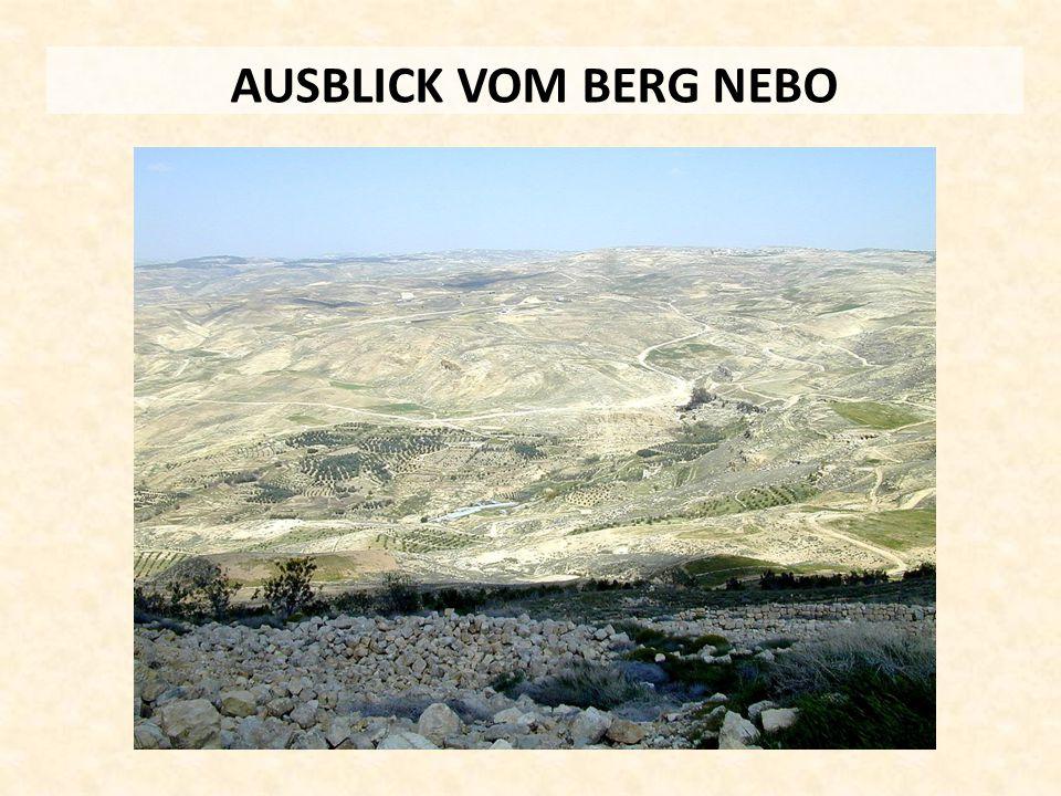 AUSBLICK VOM BERG NEBO